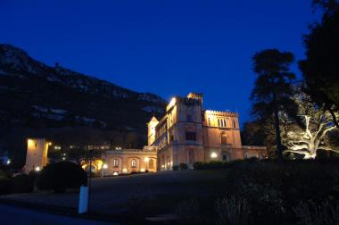 matrimonio sorrento: La location Castello Colonna famosa anche in America -