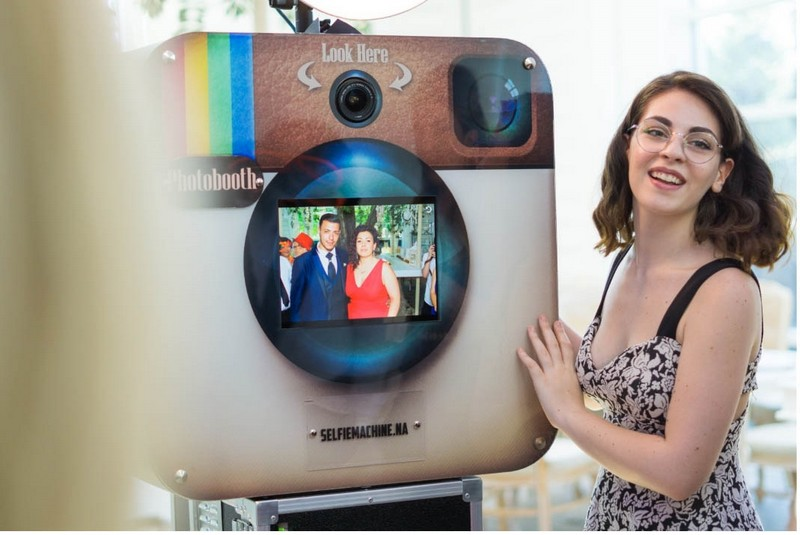 Matrimonio a Sorrento: - Selfie Machine Photo Booth Box per foto Selfie