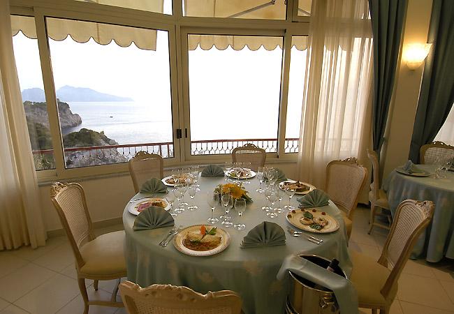Matrimonio Natalizio Sorrento : Hotel delfino matrimonio a sorrento