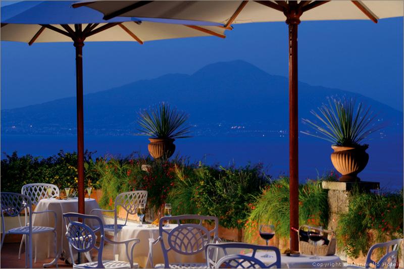Matrimonio Natalizio Sorrento : Hotel capodimonte matrimonio a sorrento