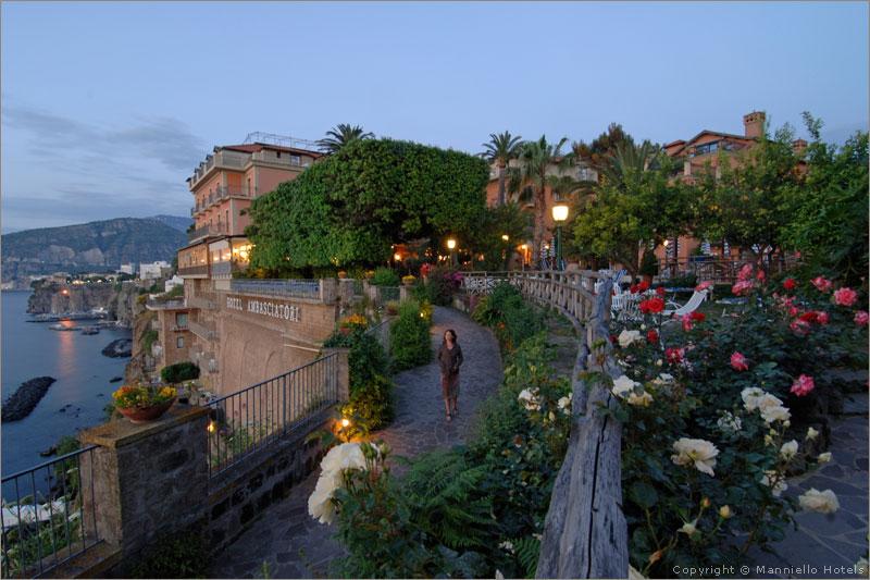 Matrimonio Natalizio Sorrento : Hotel ambasciatori matrimonio a sorrento