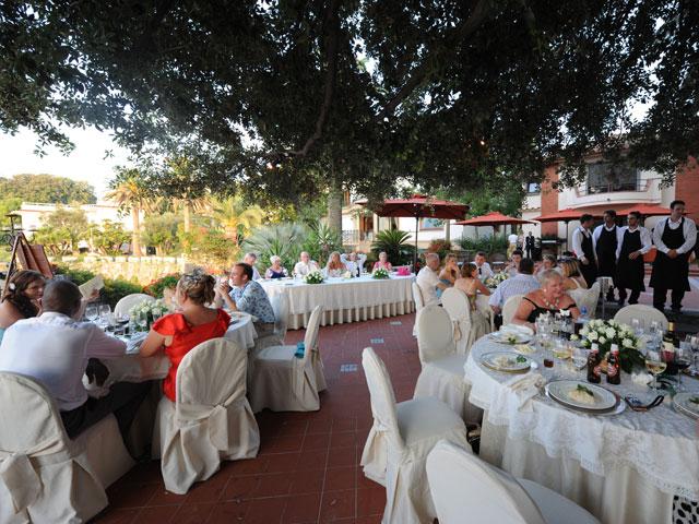 Matrimonio Tema Sorrento : Villa antiche mura matrimonio a sorrento
